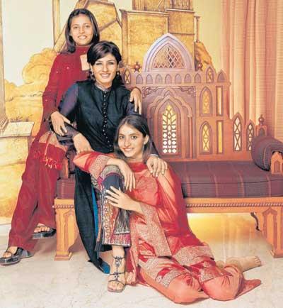 raveena-tandon-adopted-kids