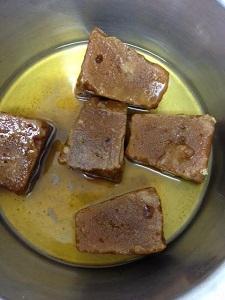 sweet pongal jaggery